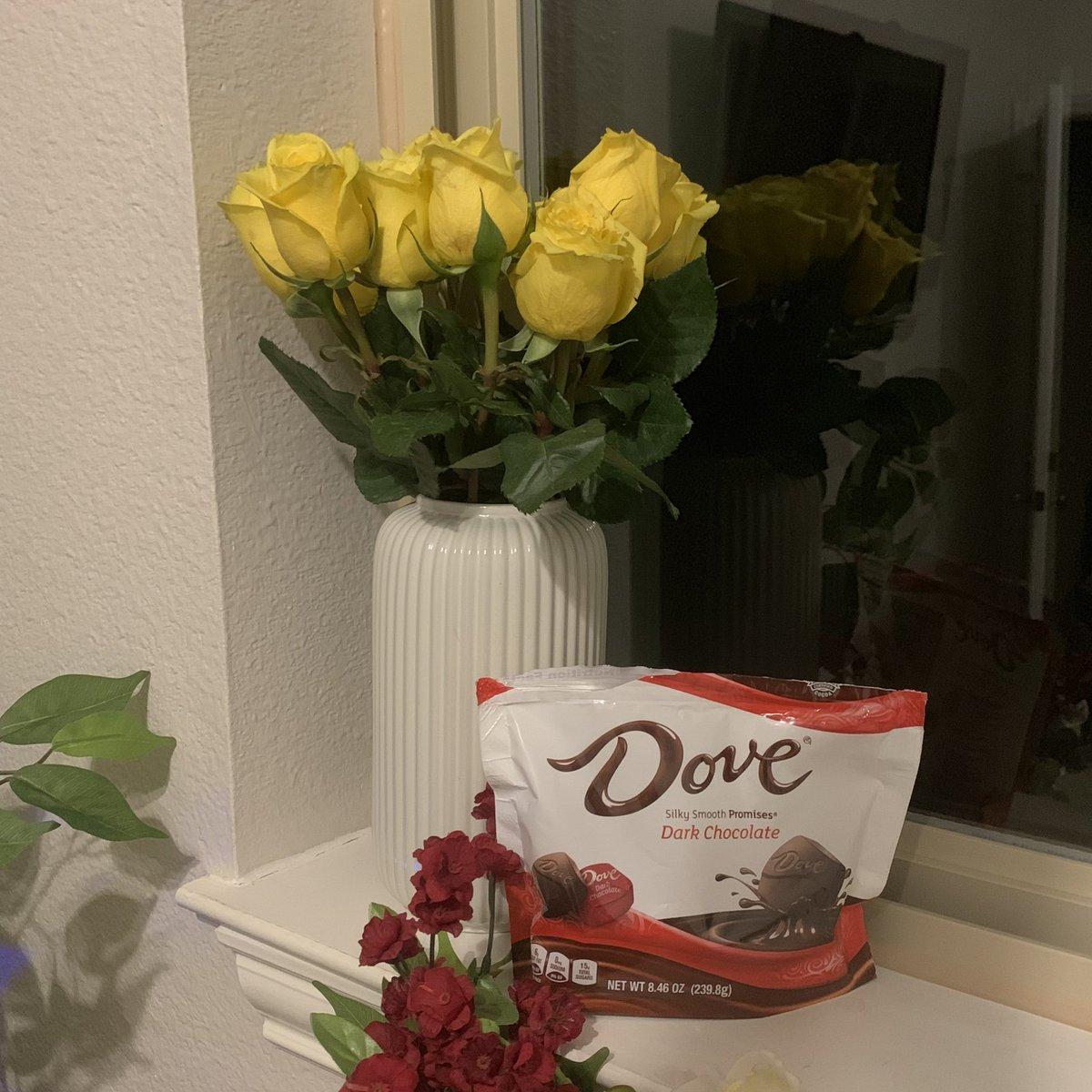 Queen Quen S Tweet Not Only Did This Man Buy Me Flowers
