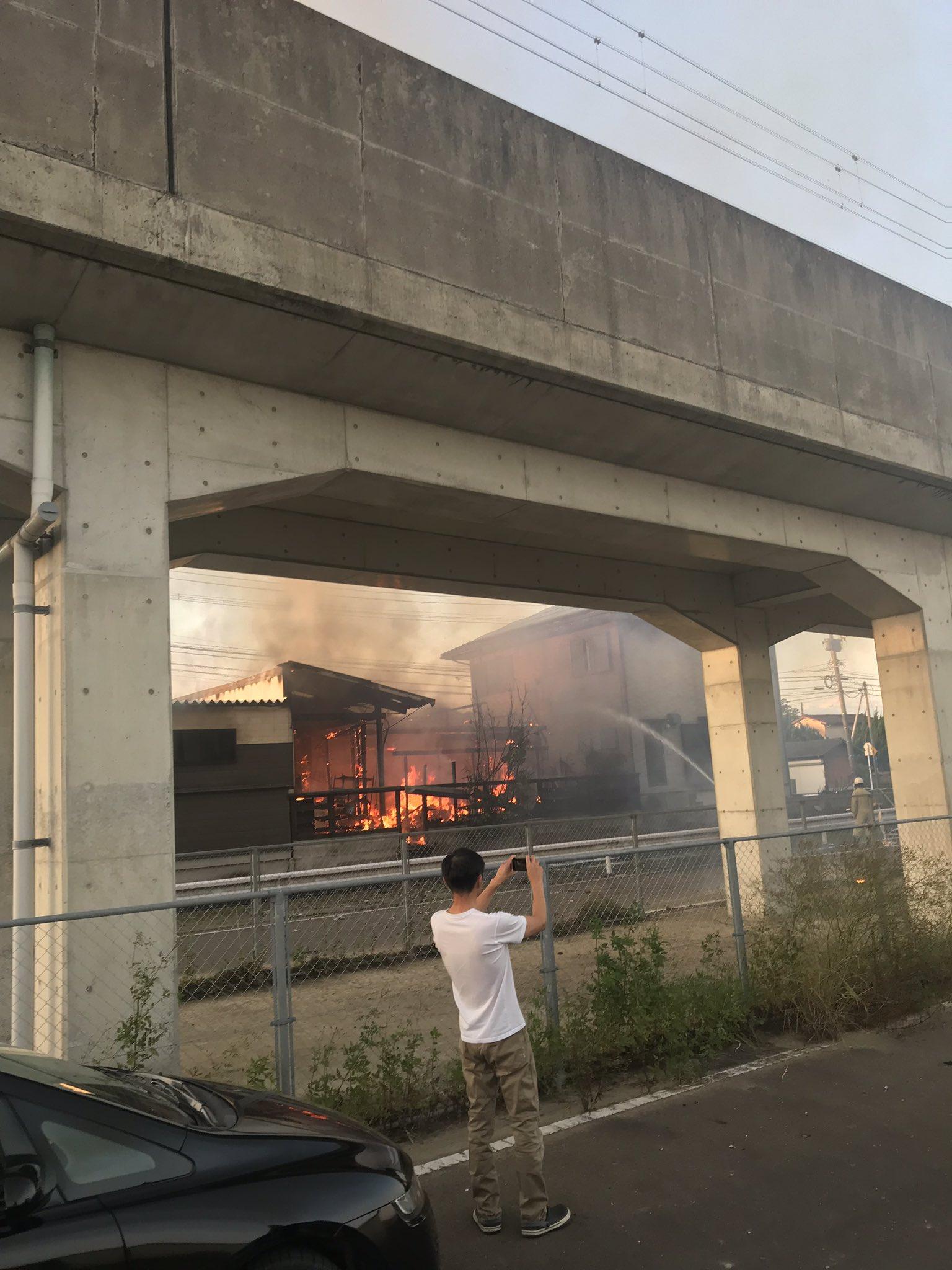 武雄市朝日町の建物で火事が起きた現場の画像