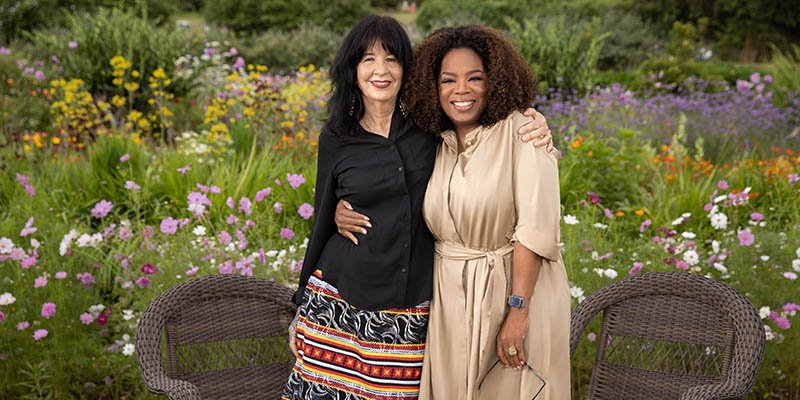 Dont miss U.S. Poet Laureate Joy Harjo today on @SuperSoulSunday talking with @Oprah Winfrey about her life and how she found #poetry as her calling. The new episode airs today at 11 am ET/PT on @OWNTV and streaming on Facebook. oprah.com/own-super-soul…