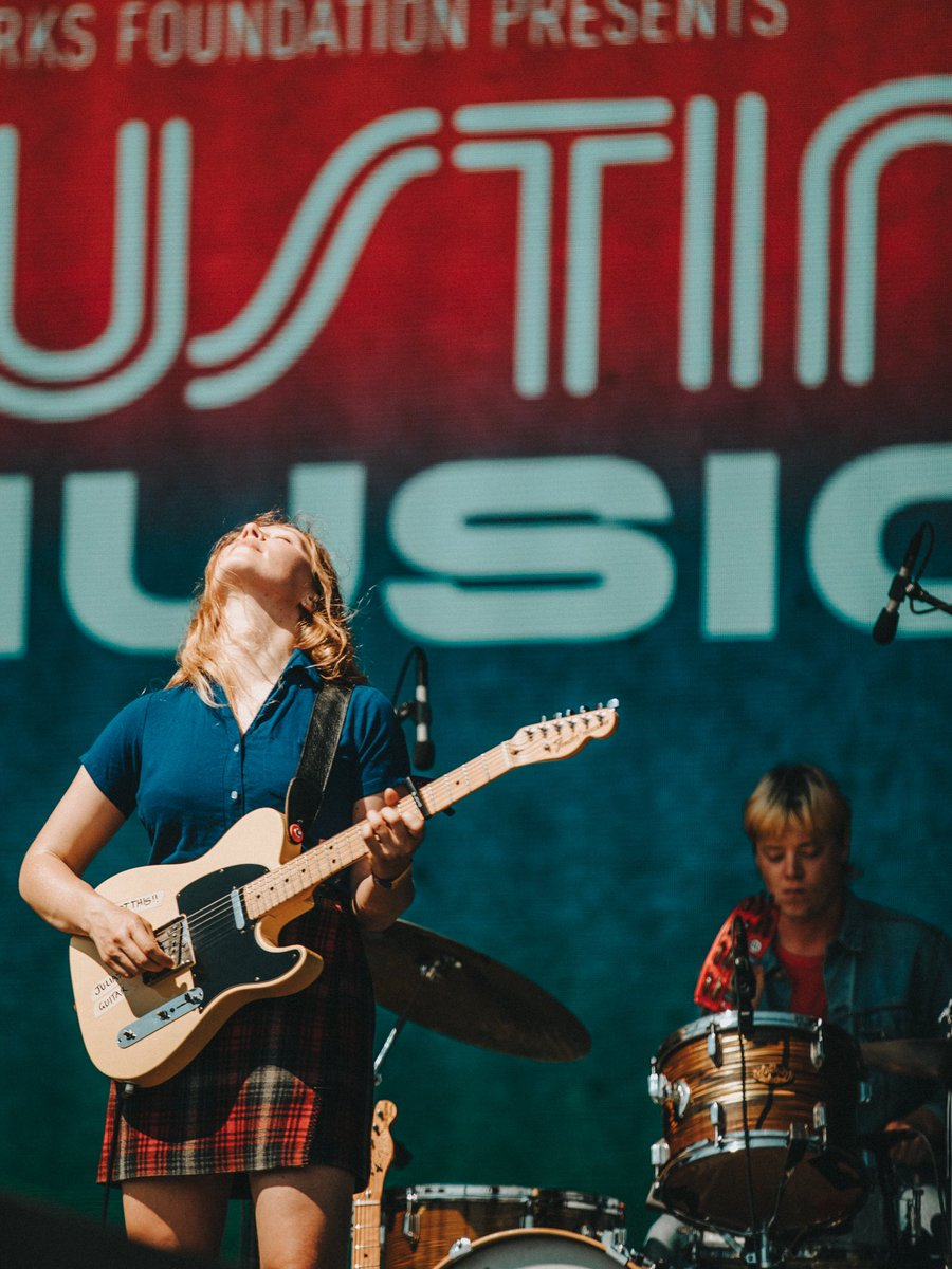 @JuliaJacklin opening day 3 at #ACLFest