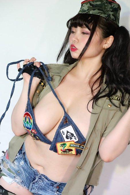 AV女優三苫うみのTwitter自撮りエロ画像63
