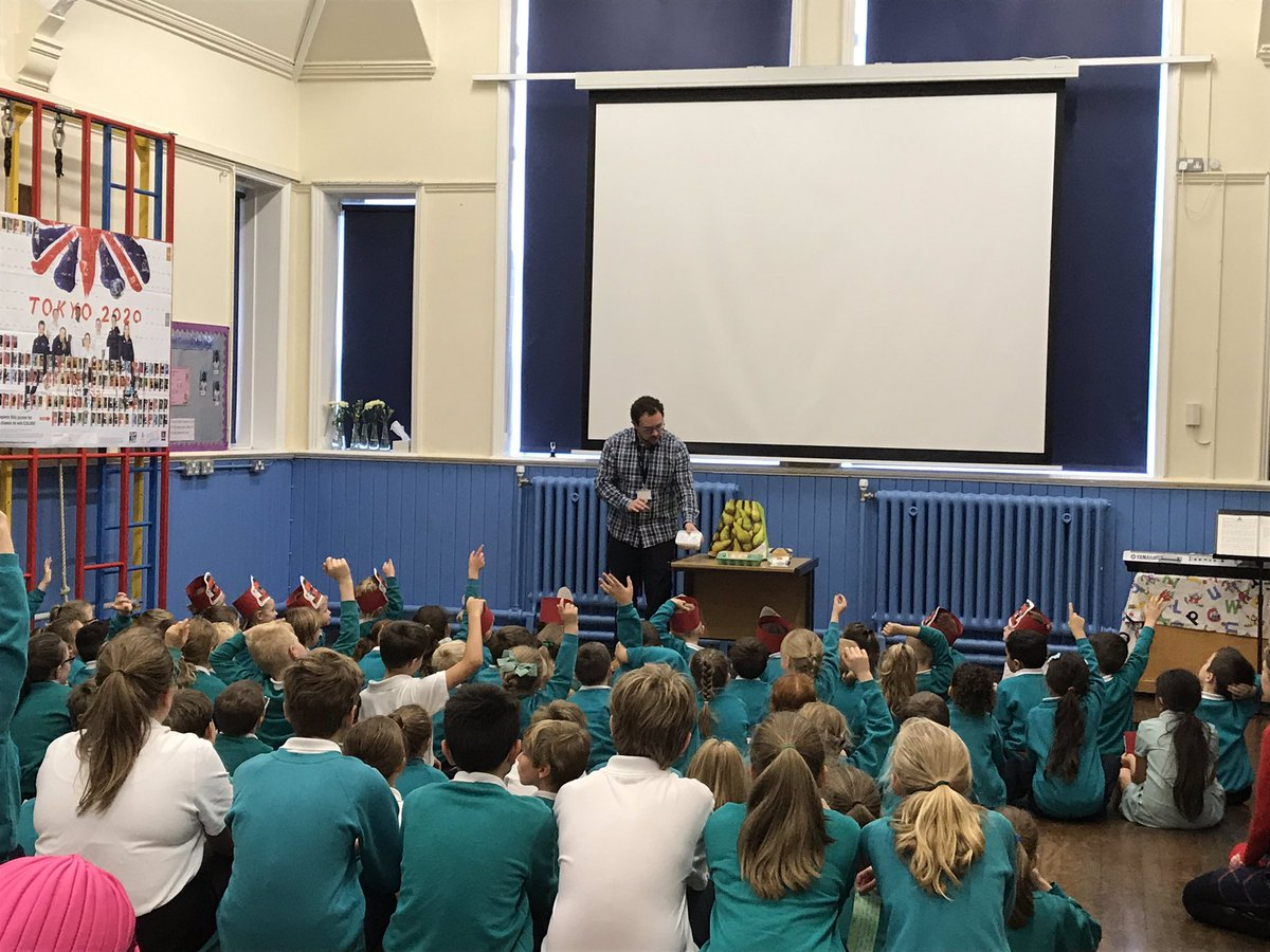 On Thursday it was our Harvest Assembly. We had a fantastic visit from @UrbanOutreachUK and the children all presented their interpretations of Harvest time.