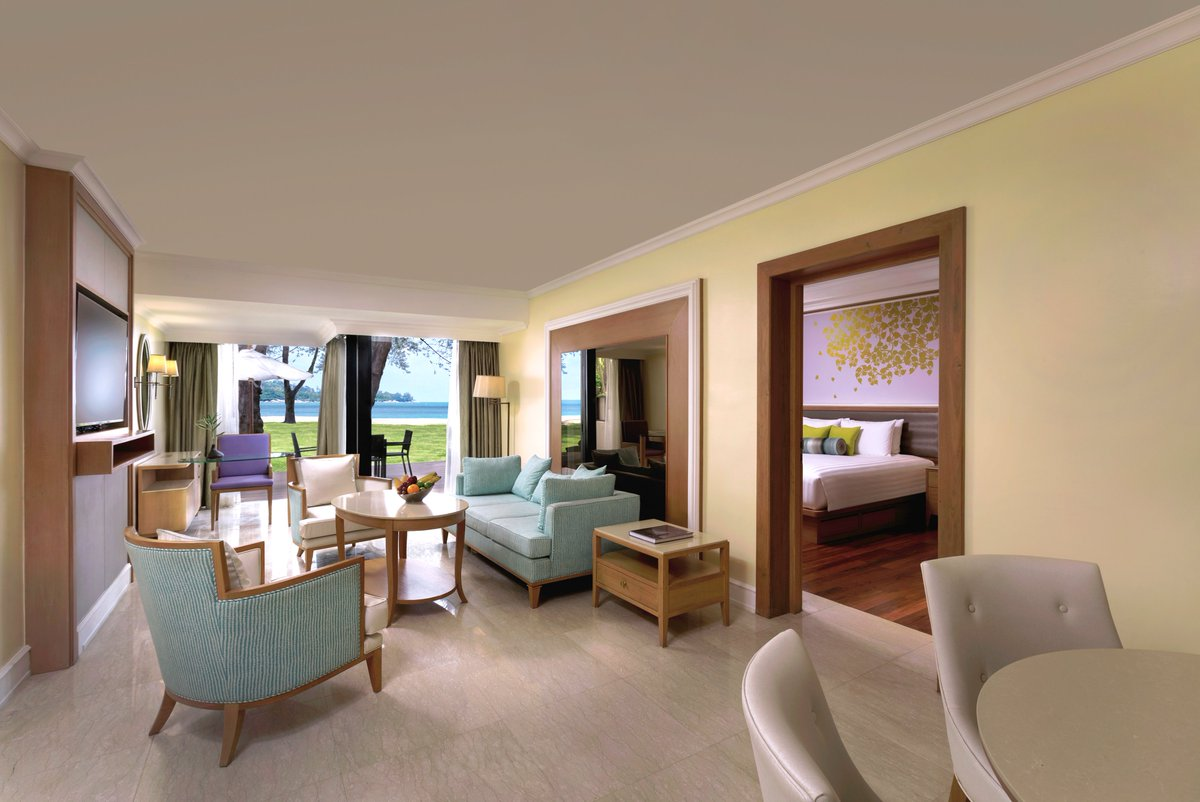 Our signature Dusit Suite offers views of the turquoise Andaman Sea from the ground floor level and the full range of Dusit Club privileges.  Leave your beach vacation on our gracious hospitality hands..  Book Now 👇 https://t.co/f7rramBE8R https://t.co/WRxAmZl5Rh