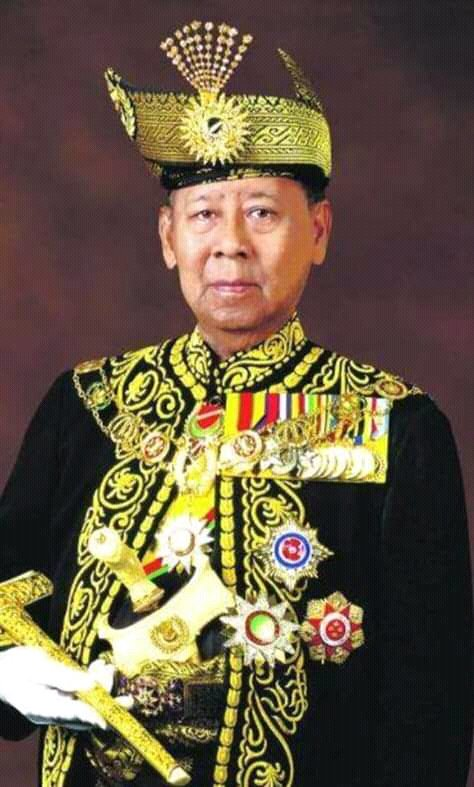 مزلن رملي A Twitter Pakaian Muskat Yang Dipakai Oleh Pegawai Kerajaan Ketika Istiadat Di Istana Kedah Menjadi Inspirasi Almarhum Tunku Abdul Rahman Sebagai Persalinan Istiadat Rasmi Kepada Yang Dipertuan Agong Ianya
