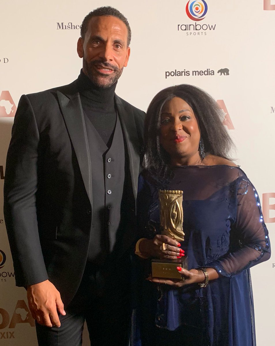 .@rioferdy5 you gave me a surprise this evening😱. Thank you @BoA_Awards for honoring me with the #HistoryMaker award & thanks @rioferdy5 for presenting me with it. I am truly humbled to be recognized by my brothers & sisters in this way. Merci.