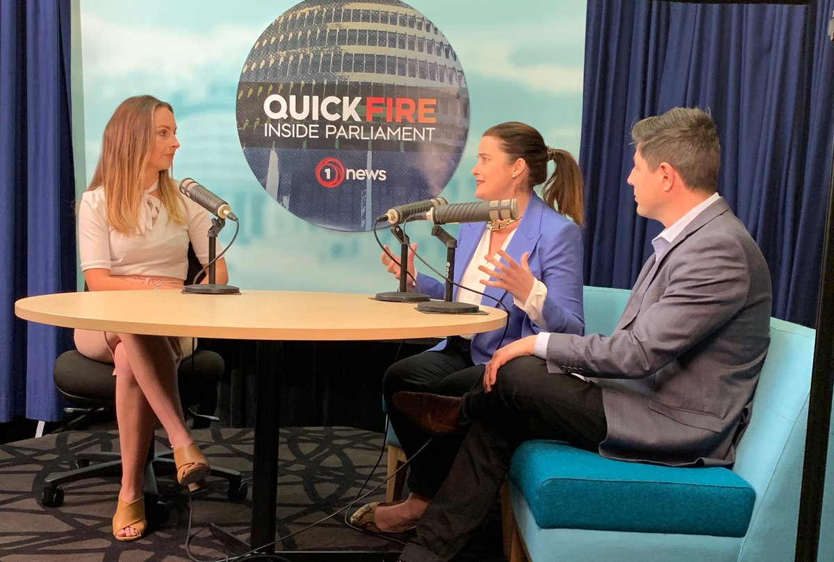 What can NZ do to solve the plastic waste crisis? Should drug testing at festivals be legalised? & should voting be lowered to 16? We put the questions to @NZNationalParty @NicolaWillisMP and @NZGreens @GarethMP on @1NewsNZ Quickfire: Inside Parliament tvnz.co.nz/one-news/new-z…