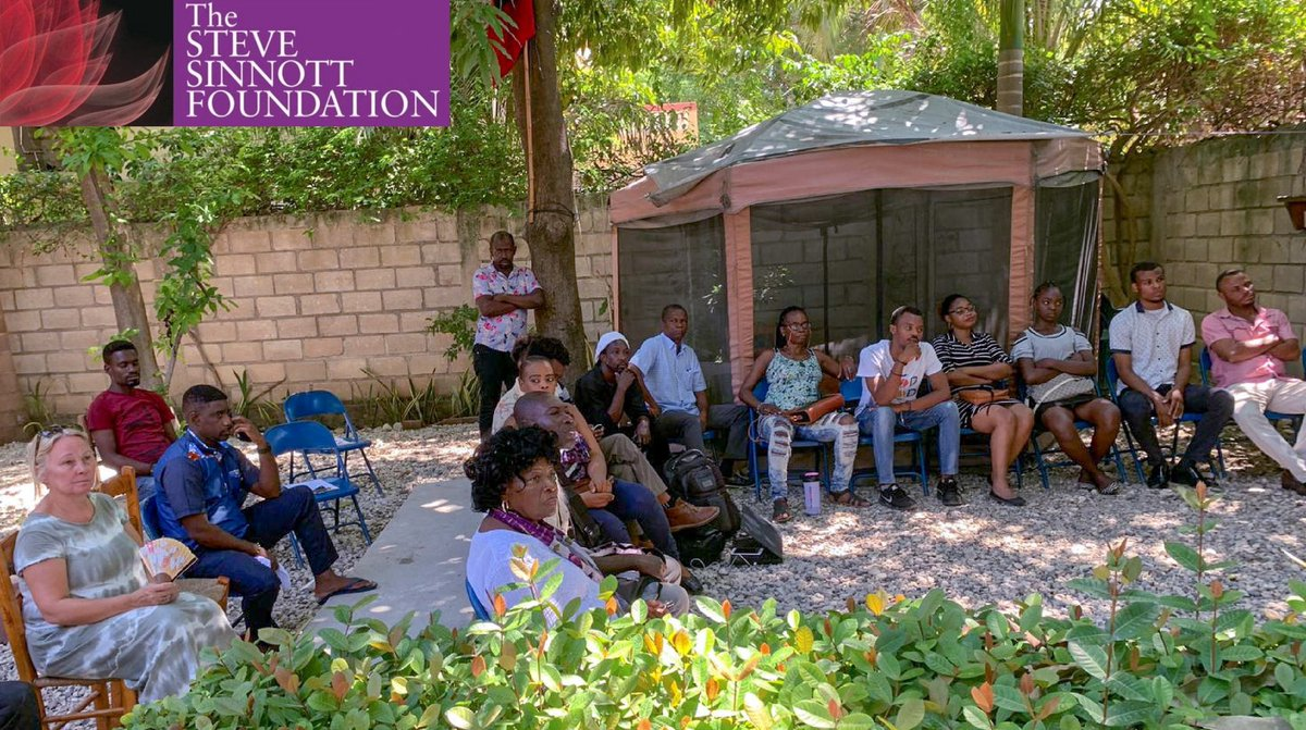 Chief Exec Ann Beatty has been in #PortauPrince in #Haiti this month. The film #Marstra was translated into #HaitianKreyol for #InternationalLiteracyDay, in partnership with @TheLiteracyProj, & accompanied by 13 sessions debating the importance of early years literacy learning.<br>http://pic.twitter.com/ihg5iLHZfz