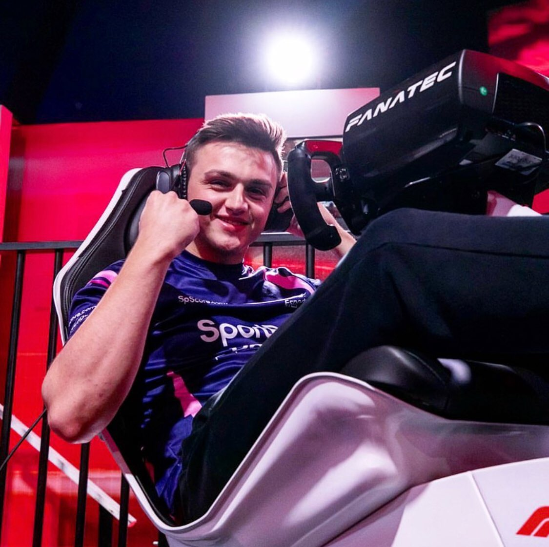 #MondayMotivation #f1esports
