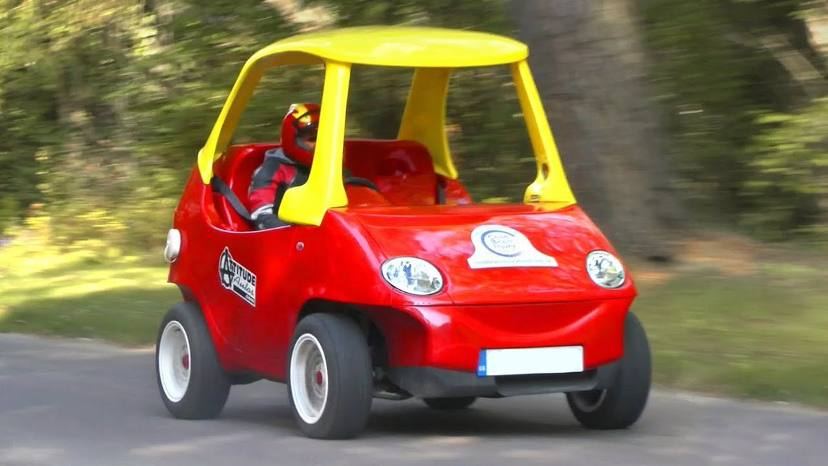 Are you still young at heart? Relive your childhood with this modified Daewoo Matiz – a road legal version of the little Tykes 'Cosy Coupe'! Would you drive this?!  #ModifiedCar #DaewooMatiz #RoadLegal #AdultVersion #LittleTykes #CosyCoupe #driving #cars #TwitterCarClubpic.twitter.com/cbjmMsFKiS