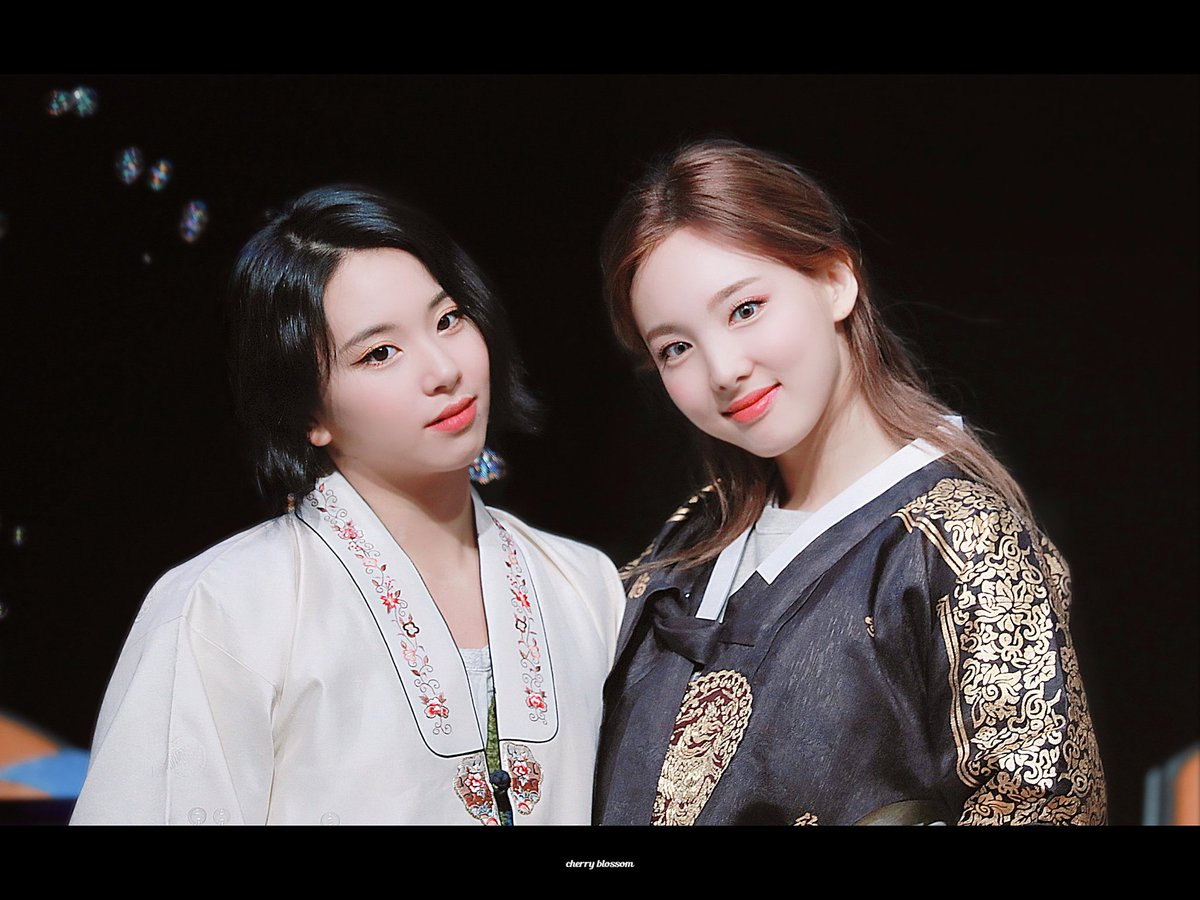 Lovely duo ❤️💞 they are so beautiful together 🥺