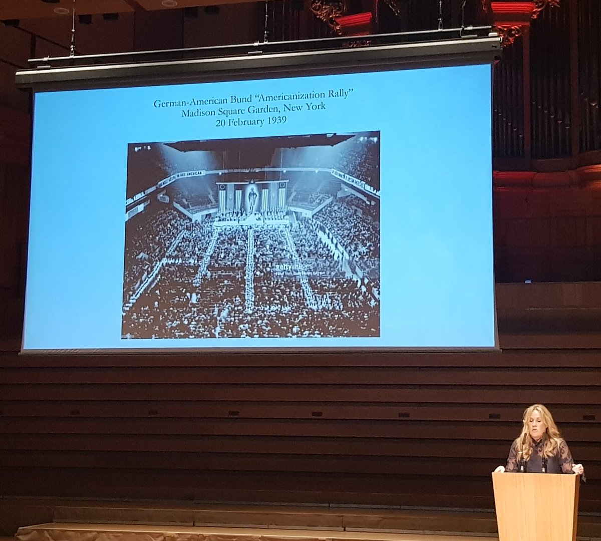 Professor @sarahchurchwell reminds us that America First has a long tradition in the US. And the links between the US right and the Nazis at the UoB Distinguished Lecture series