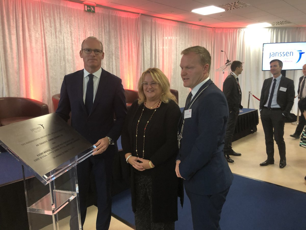 Great to see such ongoing commitment by @JanssenIE to Cork as new manufacturing building is officially opened today by Tánaiste @simoncoveney The positive commentary from leadership team on what Ireland and Cork delivers is testament to the #CorkCityRegion collaborative approach.