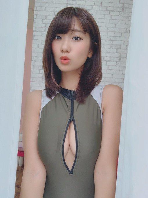グラビアアイドルななせ結衣のTwitter自撮りエロ画像45