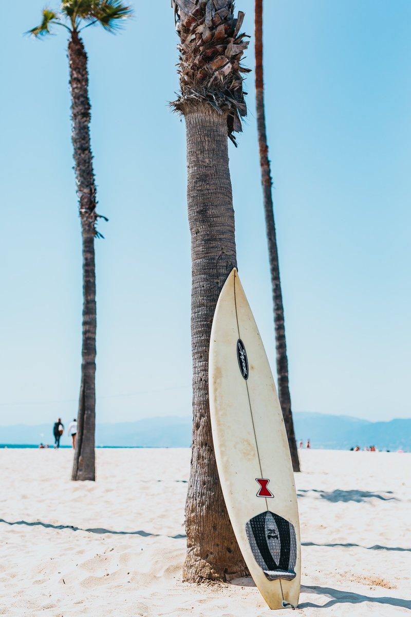 Sitting at my Laptop and this is the view I am really seeing - Thanks so much Tyler Nix #jtylernix #boardinnewquay #surfer #surfing #newquay #cornwall #jampa #hawaii #bali #surf #beach #waves #loveeverywhere #fun #northshore #pria #nazare #praiadoamor #elliotwhysall #onemorewavepic.twitter.com/dZU6Ea2nzW