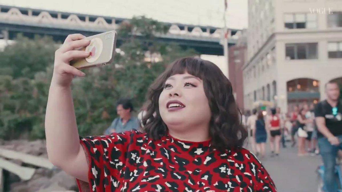 話題の『クイア・アイ in Japan!』にも出演し、ワールドワイドに活躍を広げる渡辺直美。この春からスタートさせた彼女のNY生活に密着!お気に入りの場所、恋愛事情、夢を叶えるためのルーティンは?#Netflix #クィアアイ @NetflixJP