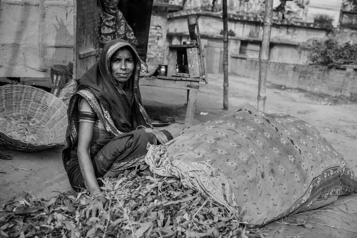 She dries leaves during the day and uses it as fuel for cooking meals. It is hard work to collect the leaves, dry them, and use it for cooking but on the positive side, leaves can be collected for free and it is a lifeline for extremely poor. #Nepal #Madhes @digitalsubway