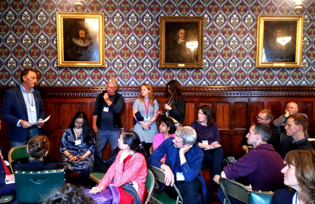 A Peoples Assembly within the House of Commons... anything to get a blast of reality into Parliament. Exhilarating real debate about the #ClimateEmergency with @CarolineLucas @ExtinctionR & many more. My task was naming the challenge to the #Treasury to deliver @RapidTransition