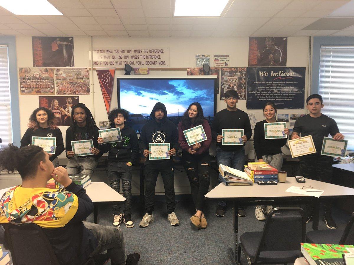 Celebrating interim grade success <a target='_blank' href='http://twitter.com/APSVirginia'>@APSVirginia</a> Way to go, Students! <a target='_blank' href='http://search.twitter.com/search?q=APSisAwesome'><a target='_blank' href='https://twitter.com/hashtag/APSisAwesome?src=hash'>#APSisAwesome</a></a> <a target='_blank' href='https://t.co/fD5c3qGRyU'>https://t.co/fD5c3qGRyU</a>