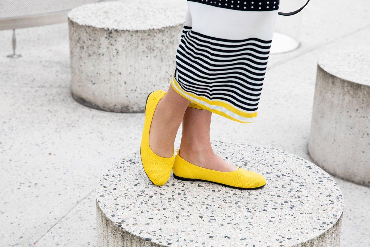 Giesswein Ballet Flats: the definition of fall-friendly fashion. 🍂➡️ https://t.co/y3rzzg3jV2 https://t.co/WlMxVAbmQ6