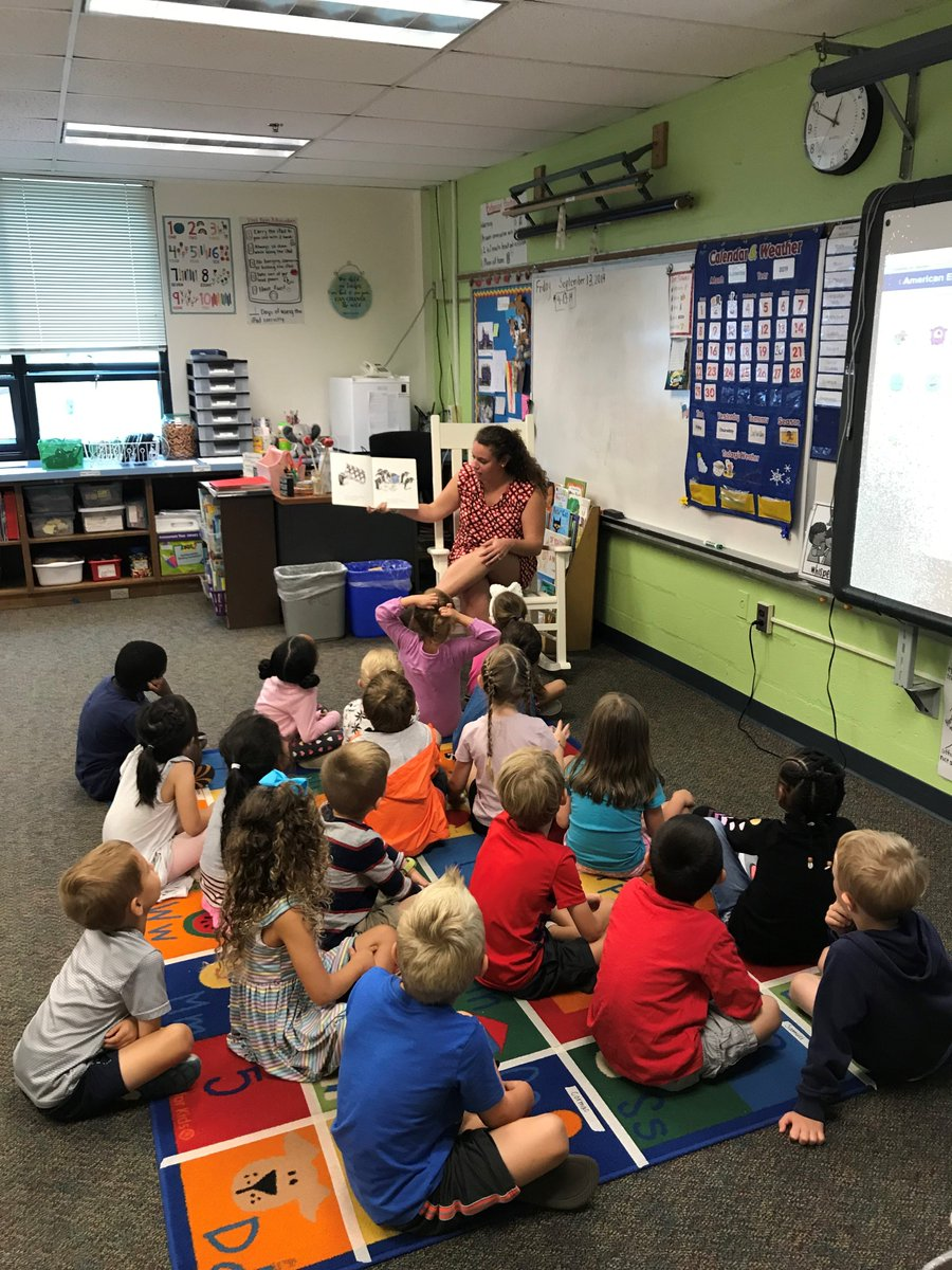 <a target='_blank' href='http://search.twitter.com/search?q=APSTeacherTuesday'><a target='_blank' href='https://twitter.com/hashtag/APSTeacherTuesday?src=hash'>#APSTeacherTuesday</a></a> is Lia Gargano, a Kindergarten teacher from McKinley E.S. Lia is a lifelong learner and being in school with the students brings her joy! Her favorite part of the Kindergarten day is their English Language Arts block.   <a target='_blank' href='http://search.twitter.com/search?q=APSisAwesome'><a target='_blank' href='https://twitter.com/hashtag/APSisAwesome?src=hash'>#APSisAwesome</a></a> <a target='_blank' href='https://t.co/2Zdb5swgJE'>https://t.co/2Zdb5swgJE</a>