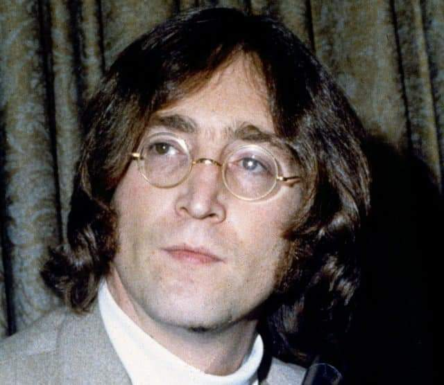 A SIR JOHN LENNON HAPPY BIRTHDAY GENIUS MONDIAL 79 YEARS FOREVER