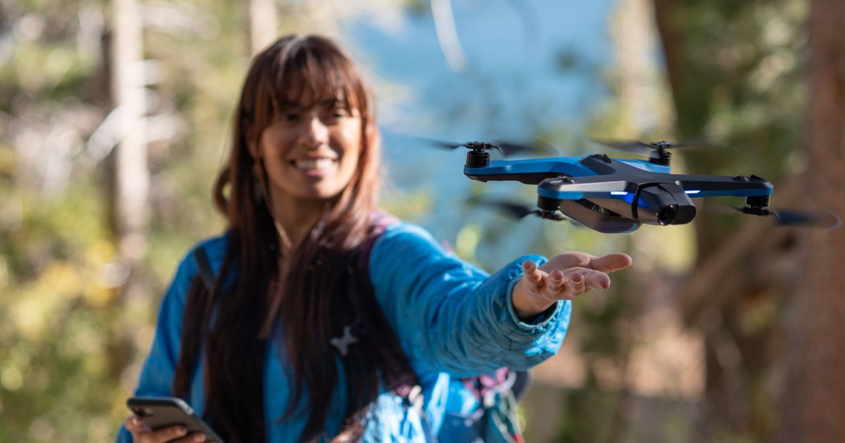 Skydio 2 autonomous drone lets anyone capture footage like a pro https://mashable.com/article/skydio-2-drone-autonomous-photography/ … via @mashable #drones #dji #skydio #tech #gadgets