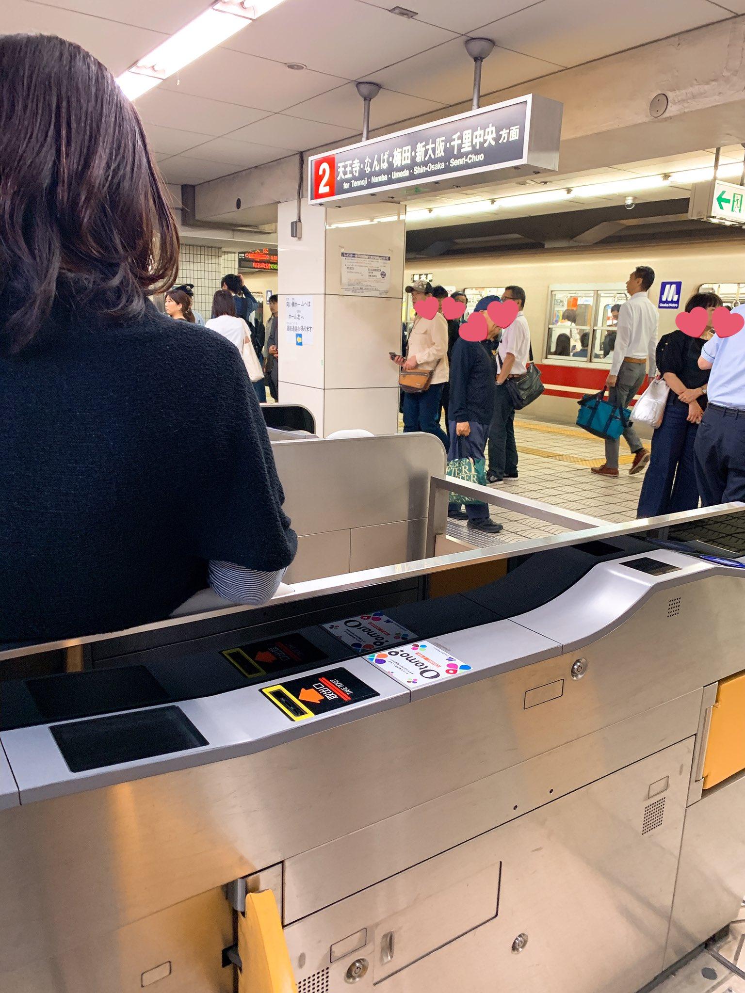 画像,#御堂筋線昭和町駅で発生した人身事故の影響で全く動いていない様子ですまだしばらくかかるとのことでJRに戻ります https://t.co/p6fvci9EOm…