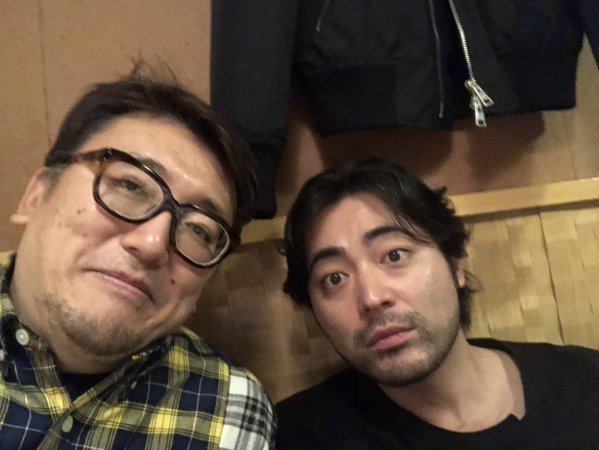 山田孝之製作総指揮と聖おにいさんの作戦会議💕これからもおもしろ展開ありそうですよぉん😁しばらくオフだったけど、しばらくぶりに夜に外に出たわあ😅