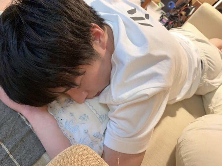 こんなの田中圭との同棲を連想しちゃうじゃん!!!!!お世話したくなっちゃうようなちょっとだらしない感じがまた良い…