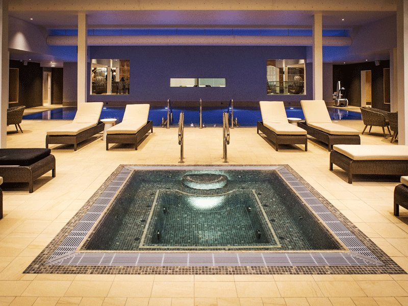 """Studley Castle is our """"Feature Spa"""" this week. Have some Mid-Week relaxation inspo...  👉https://t.co/4PYWdVUnWE https://t.co/np3TNlkvji"""