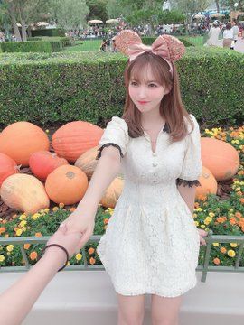 AV女優三上悠亜のTwitter自撮りエロ画像43