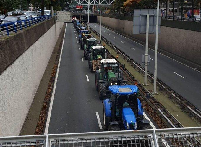 Rijkswaterstaat; mijd toegangswegen richting Den Haag https://t.co/RKXCR7flzv https://t.co/e0AjwvAoro