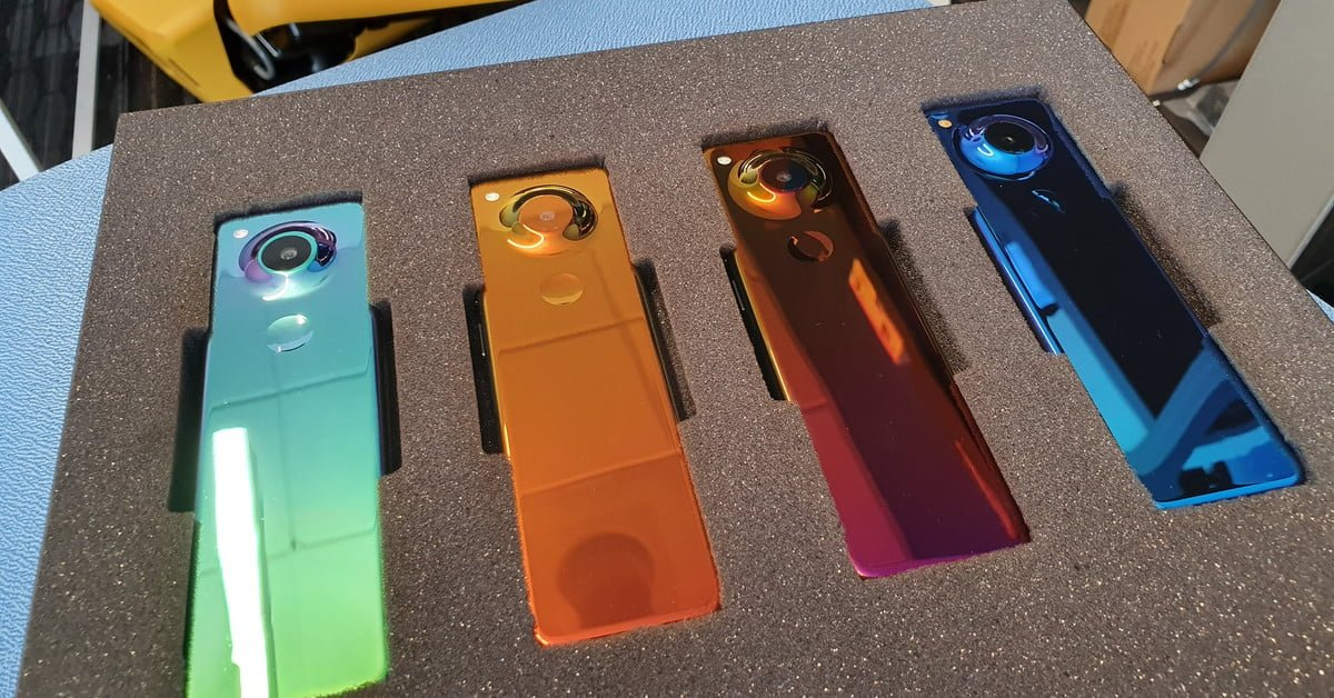 El cofundador de #Android revela un original y extraño teléfono