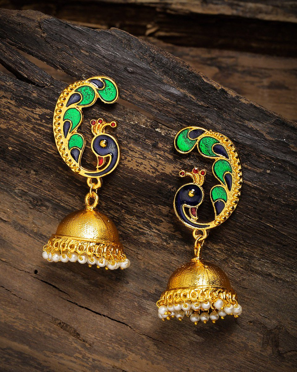 Gold plated classic jhumkas with green and blue colored peacock with beads!  Shop now @LimeNestOnline #jewellery #oxidisedearrings #oxidisedjewellery #oxidisedearring #jhumkas #hoopstyle #baalistyle #bigjhumka #jhumkaisthetrend #fashionaccessories #earringswag #limenestpic.twitter.com/nVAlsjAqxz