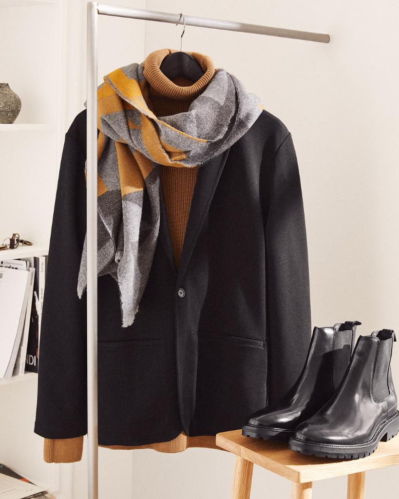 Jersey jackets, scarves and solid footwear — dis...