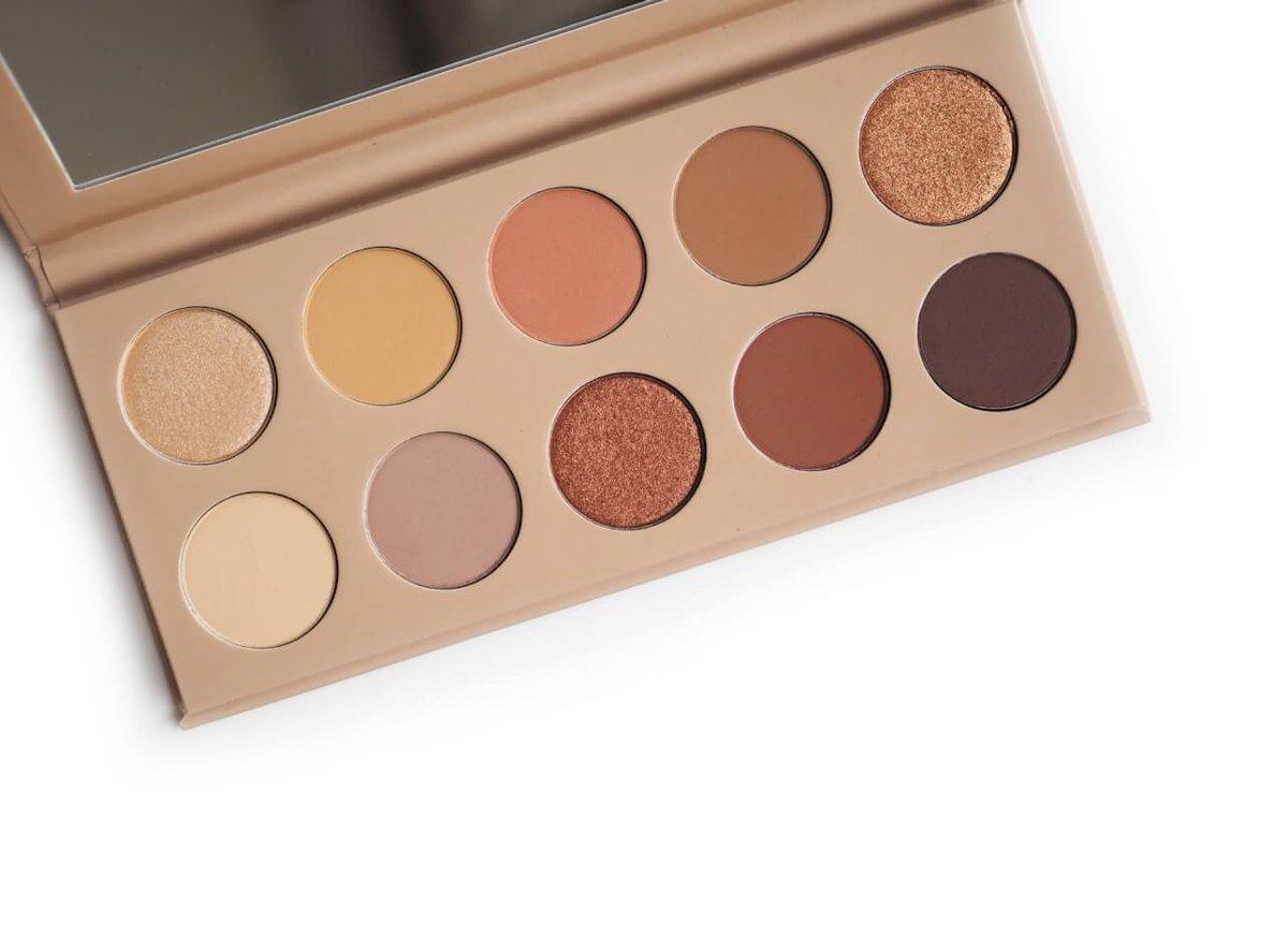 KKW Beauty Classic Palette czyli ponadczasowe kolory, które wyglądają zawsze dobrze  https://deliciousbeauty.pl/kkw-beauty-classic-palette-czyli-ponadczasowe-kolory-ktore-wygladaja-zawsze-dobrze/  … #kkwclassicpalette  już na blogu. P ⭐️