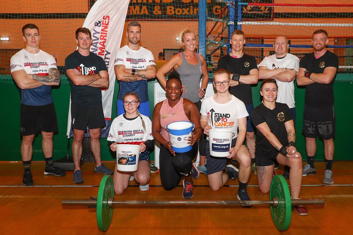 🏋️‍♂️ Could you complete a 25-hour #CrossFit challenge? #RoyalNavy sailors, @RoyalMarines and civilian support workers did just that to raise money for @RNRMC, @CR_UK and @StLukesHospice. 🔗 Read more here: ow.ly/u4a050wGqHw
