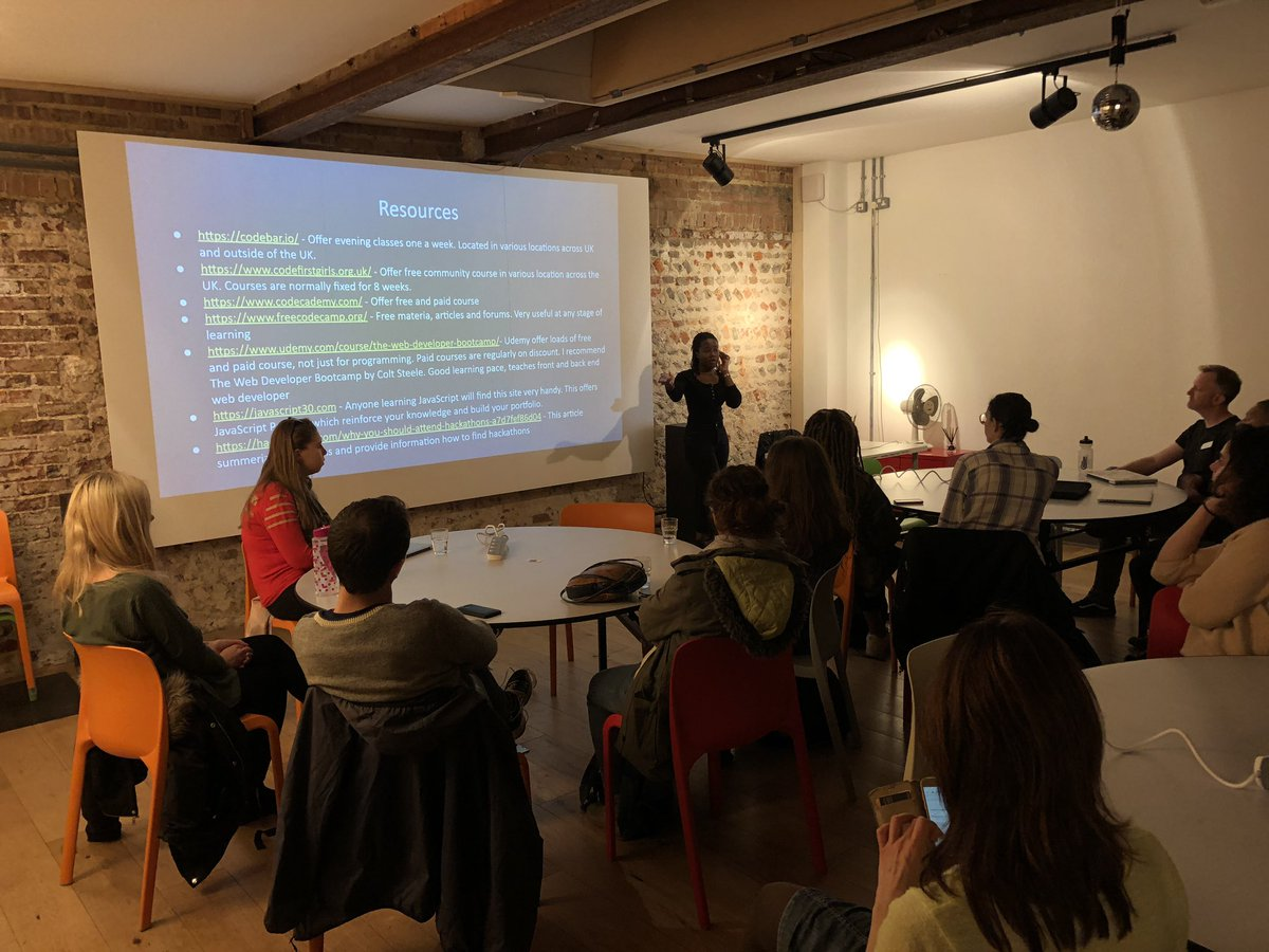 We had a real treat at last nights workshop at @68MiddleSt with @clearleft - the amazing Bea @shiiinobee gave us an inspiring talk about becoming a Junior developer and the challenges you'll meet on your journey. Great questions from the audience too!
