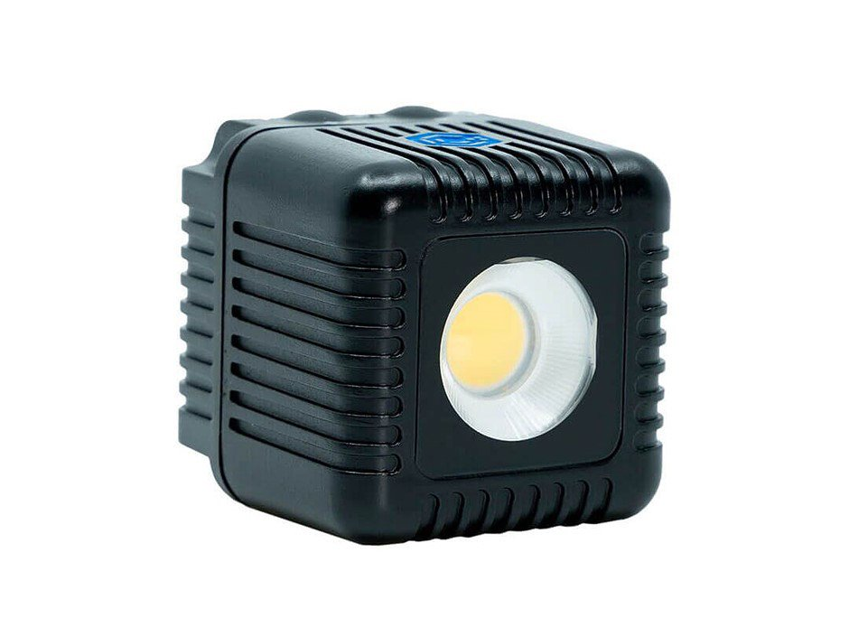Lumecube 2.0 comes with a rugged body and redesigned lens with 80 degree beam angle dpreview.com/news/084426716…