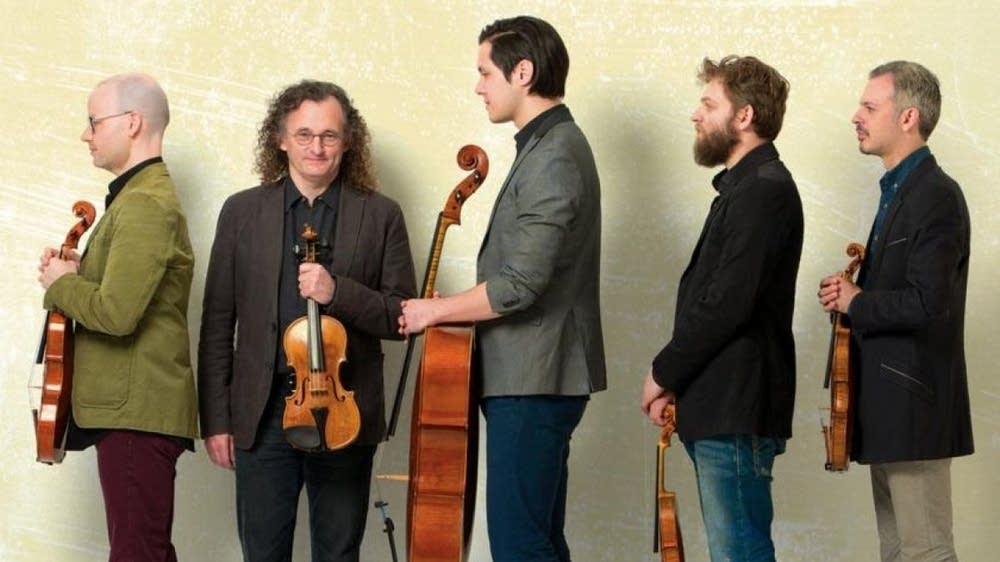 This week on New Classical Tracks, violinist Colin Jacobsen of Brooklyn Rider discusses the group's collaboration with Irish fiddle virtuoso Martin Hayes on the album 'The Butterfly.' Enter the giveaway for a chance to win a copy of the CD! @Brooklyn_Rider https://www.classicalmpr.org/story/2019/10/08/new-classical-tracks-brooklyn-rider-martin-hayes-butterfly…