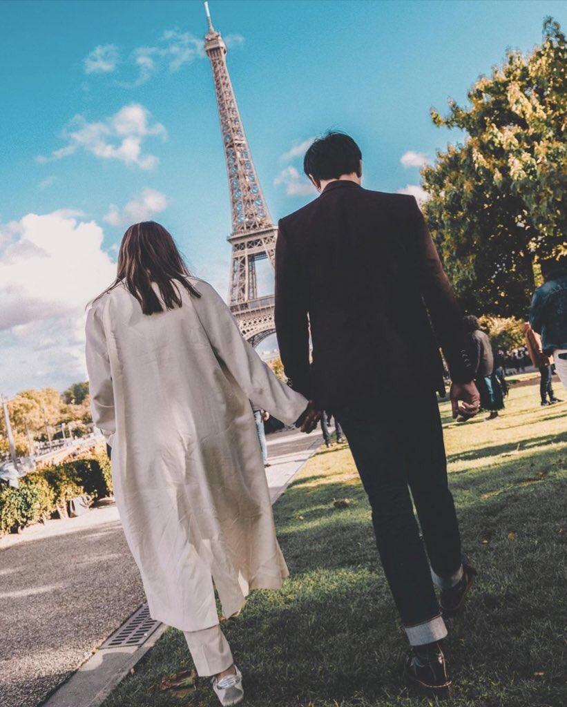 """Kathryn Bernardo and Daniel Padilla spotted on honeymoon in Paris after secret Palawan wedding."" #charnotchar<br>http://pic.twitter.com/c6zTDSU27d"