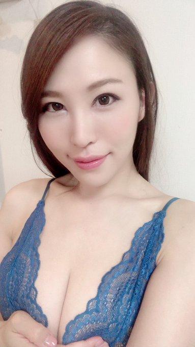AV女優凛音とうかのTwitter自撮りエロ画像31
