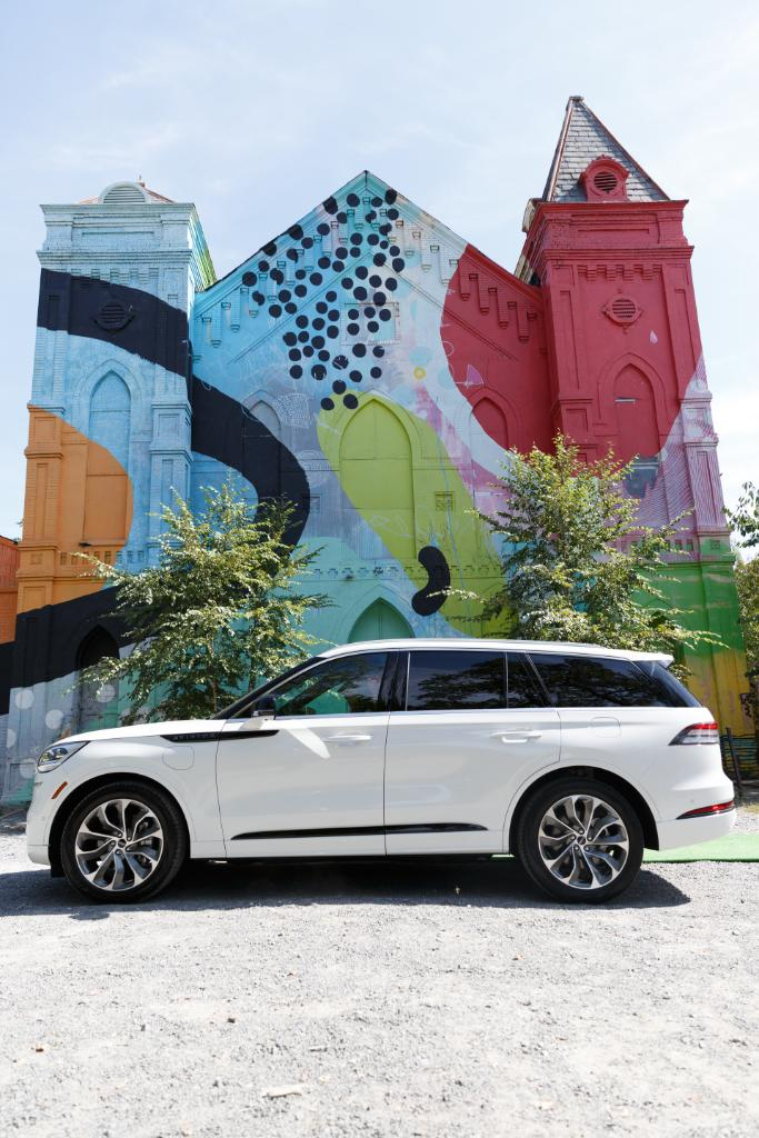 We're on the move on the #LincolnAviator Tour — and we may be headed your way next. View the tour dates and pre-register for your test drive, here: lncnmo.co/AviatorTour. *Must be 18 years of age or older with a valid driver's license and valid automobile insurance.