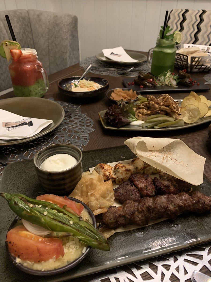 اسأل الرياض Pa Twitter مطاعم أمس عشانا كان في المكان الجديد والجميل مطعم أوف وايت إن Offwh28 حي الواحة طريق عثمان بن عفان المكان شرح والديكور مرتب ويفتح