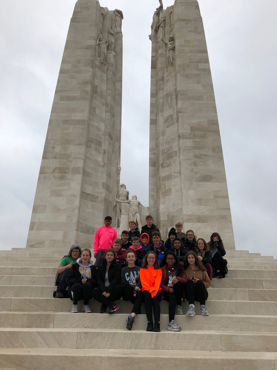 Yr9's trip to the battlefields of northern France continues- visiting the Vimy monument, with over 11 000 names on it and the Commonwealth Cemetery as well as getting into their first lesson at our French school, College de l'Europe. #wewillrememberthem. <br>http://pic.twitter.com/yQ6GCs2Axg