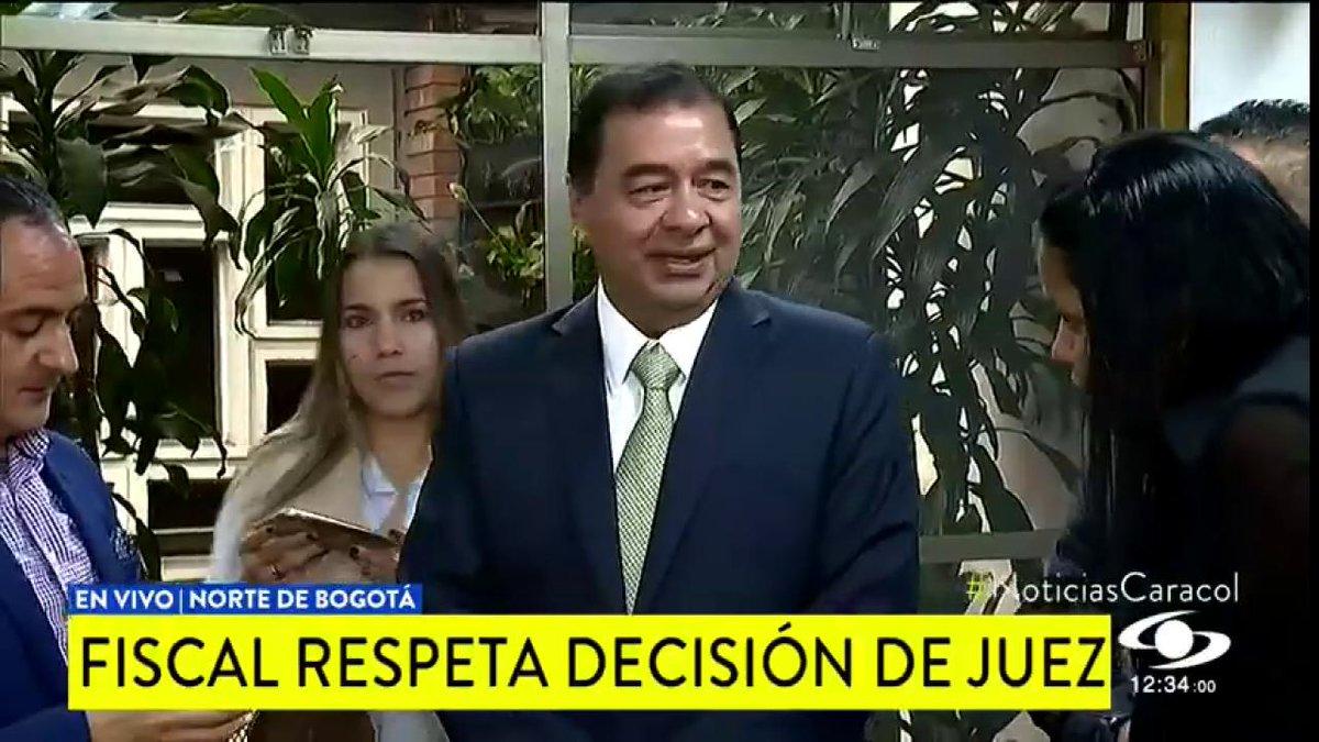 El mea culpa del fiscal tras duros cuestionamientos de juez que dejó en libertad a hija y a odontólogo de Aída Merlano http://noticiascaracol.com