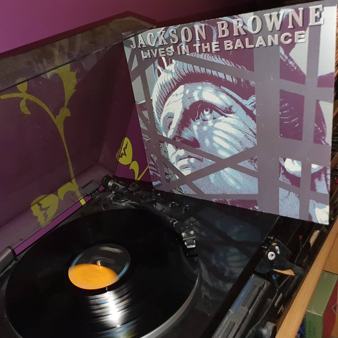 Happy Birthday Jackson Browne *71*! Lives in the balance (Asylum/Elektra/1986)
