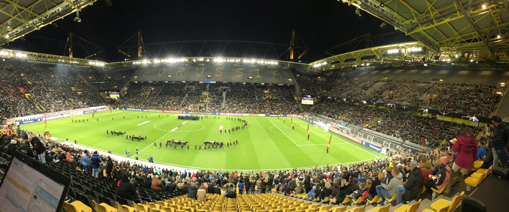 """Never seen Signal Iduna Park so empty just before kick-off. You see that """"BORUSSIA"""" written in the top tier? Exactly.... #GERARG"""
