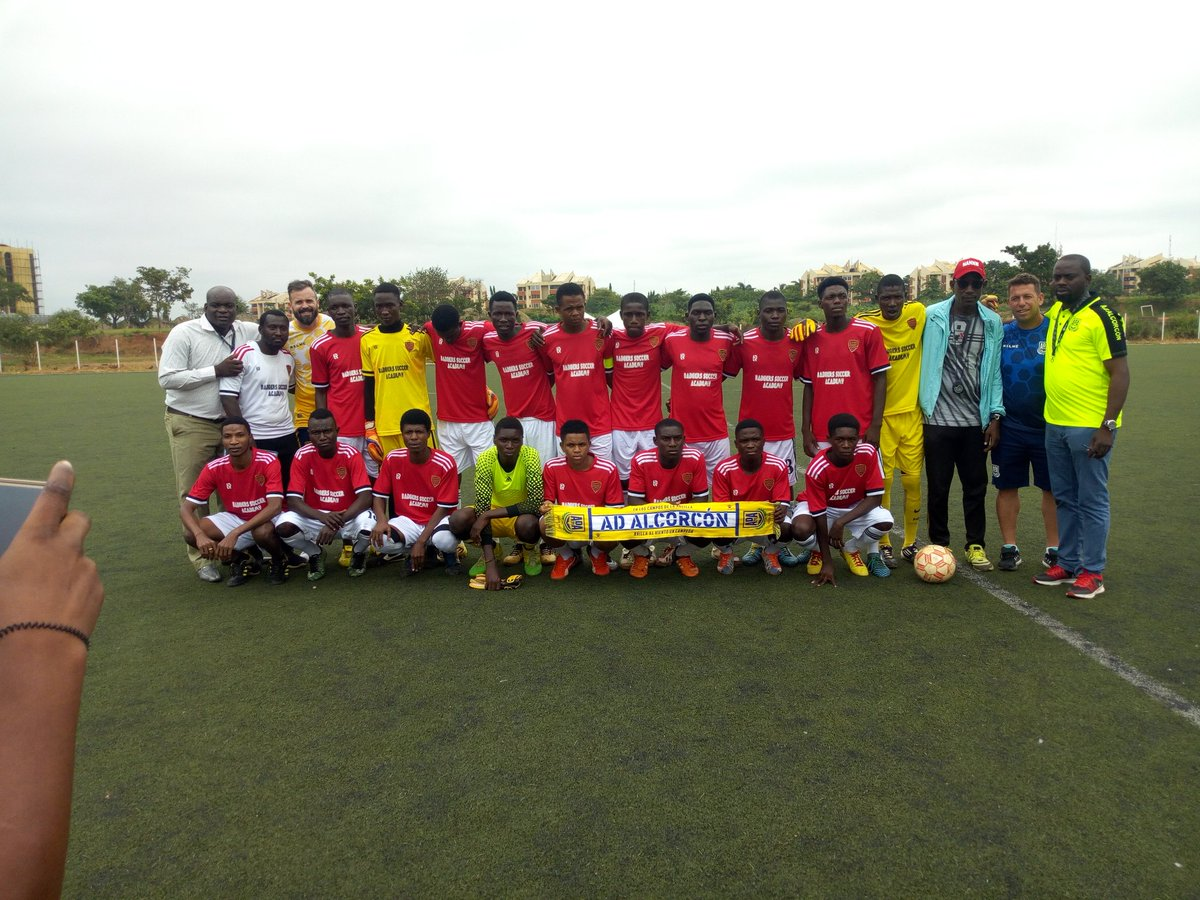 Throw back ! our previous scouting program in Abuja  Nigeria #June2019 #badgerssocceracademy #9jafootball #Alcoŕcon  pic.twitter.com/5FxHfEd5Wx