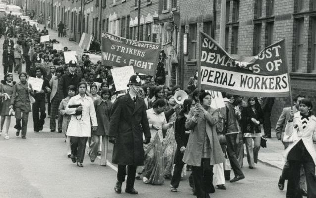I think of amazing Ugandan Asian women who took on Imperial Typewriters in Leicester (1974), in a long, bitter, but creative industrial dispute. Not only did they have to fight the racist policies of the company, but the far right & the resistance of the TGWU bureaucracy. (3/4)